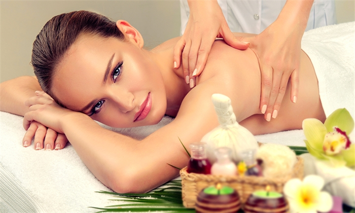 Hyperli Full Body Massage For R129 With Optional Facial