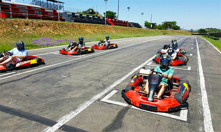 Hyperli | Outdoor Go-Kart Racing Experience at at Kartzone – Karting