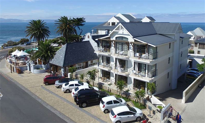 Western Cape: 1 or 2-Night Stay for Two Including Breakfast at Harbour House Hotel